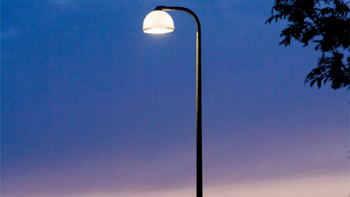 Illuminazione a LED per esterni di Philips a Holbaek, in Danimarca