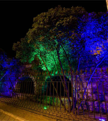 Illuminazione del percorso Fiumi di luce, Valladolid, con le luci a LED di Philips Lighting