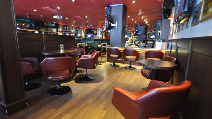 Philips Lighting ha illuminato la lounge di O'Learys