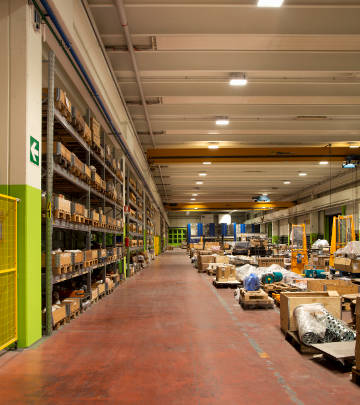 Illuminazione magazzini led e industrie - Philips Lighting