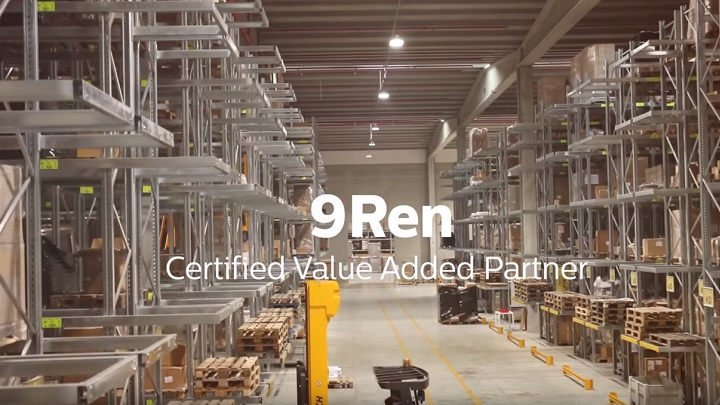 9REN è Value Added Partner di Philips Lighting per la parte di illuminazione Office & Industry (Ufficio e industria)